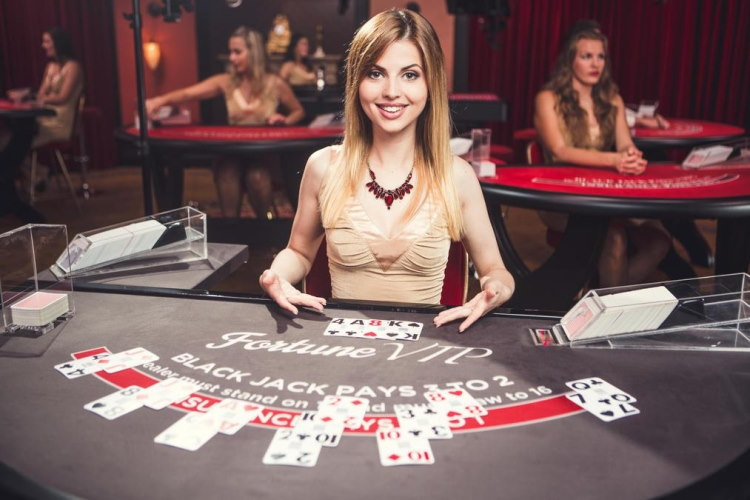 Live blackjack online casino is a very interesting game